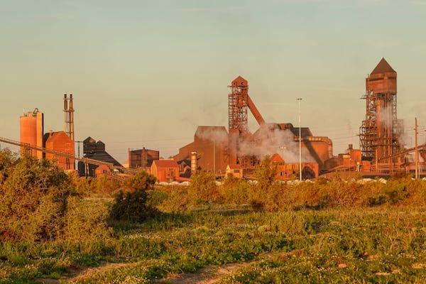 West Coast Steel Forging Ahead
