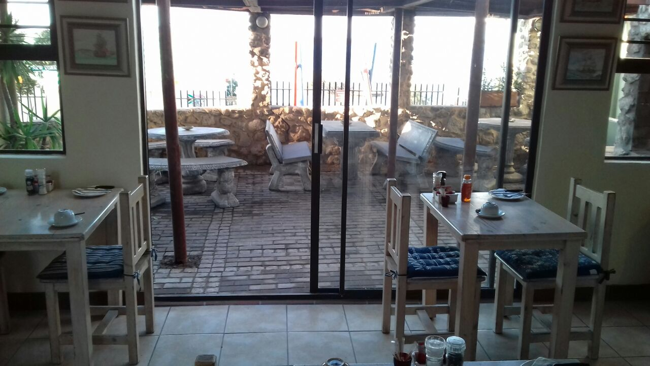 lacapitaine accommodation saldanha bay.jpg